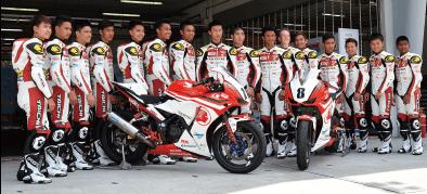 ASIA DREAM CUPにオフィシャルギアとしてレーシングギアを供給