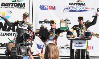 アメリカの伝統レース デイトナ200でRSタイチライダーが優勝初めての表彰台を独占